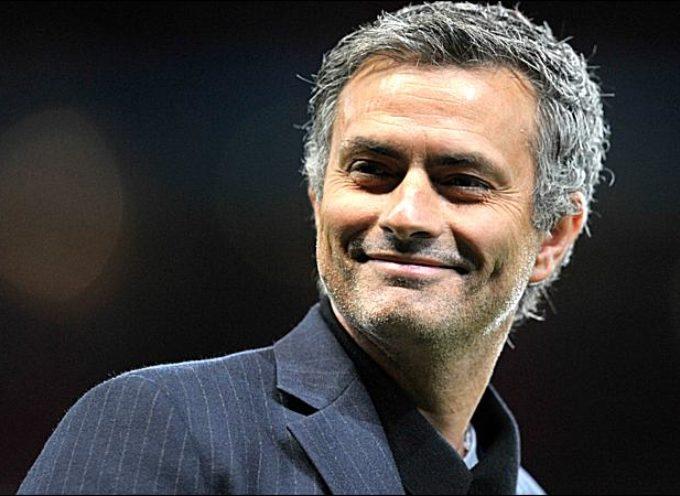 José Mourinho revela un secreto: Lee la Biblia antes de cada partido
