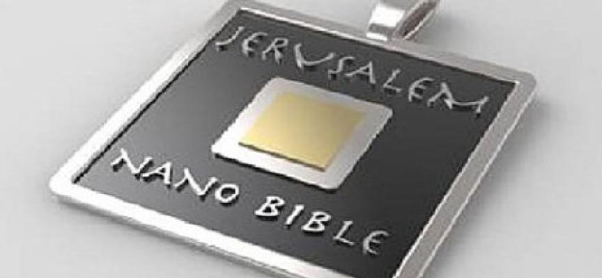 Convierten la Biblia en una joya de cinco milímetros
