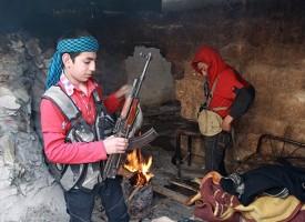 """""""Alá te ha escogido"""": Yihadistas en Siria reclutan a niños"""