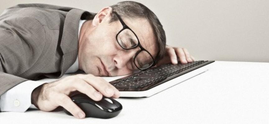 Un banquero transfiere 222 millones al dormirse sobre el teclado