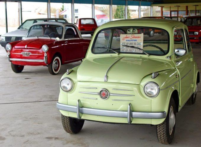 Un concesionario vende autos de hace 30 años pero 0km