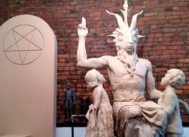 Instan a mujeres convertirse al satanismo para tener derecho al aborto
