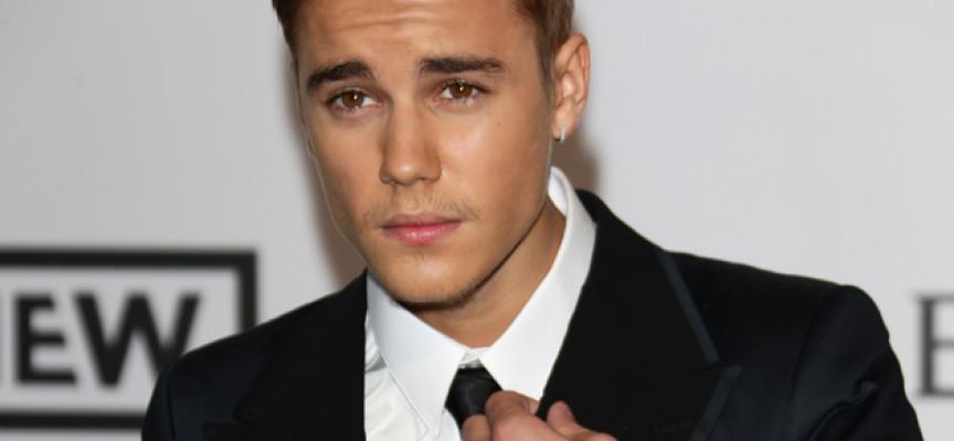 Ringtone de Justin Bieber lo salva de ser devorado por un oso