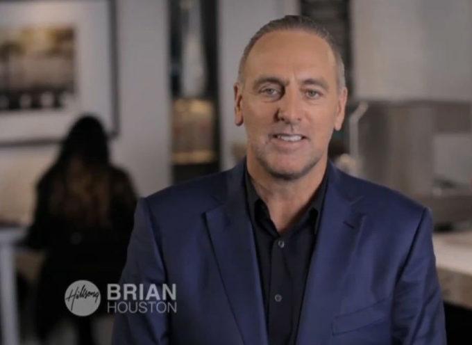 Brian Houston, pastor de Hillsong Sidney declara en investigacion por los abusos de su padre