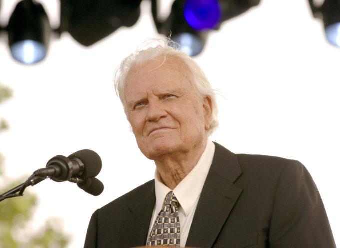 """Billy Graham cumple 96 años y lo celebra lanzando su nueva pelicula: """"Cielo"""""""