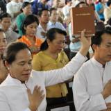 Laos: Expulsan de sus hogares y arrestan a cristianos por su fe