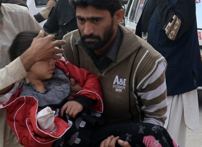 Ataque talibán a una escuela en Pakistán