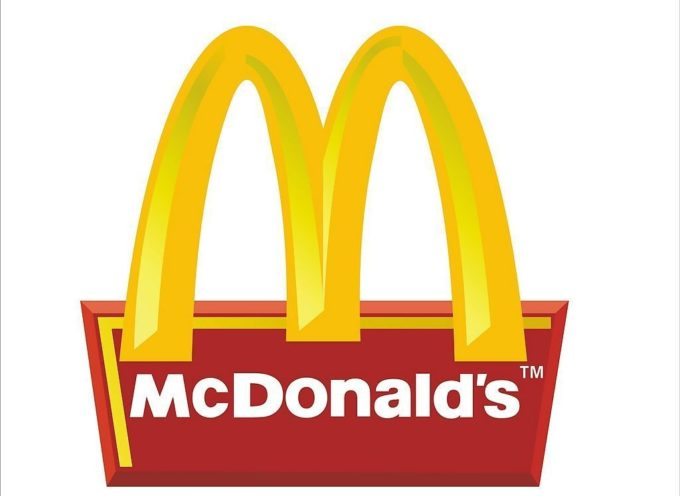 Quieren abrir McDonalds en las iglesias