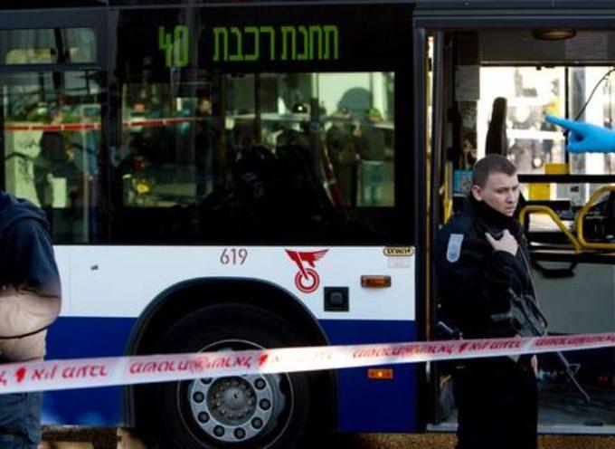 Un palestino apuñala a nueve pasajeros de un autobús en Israel