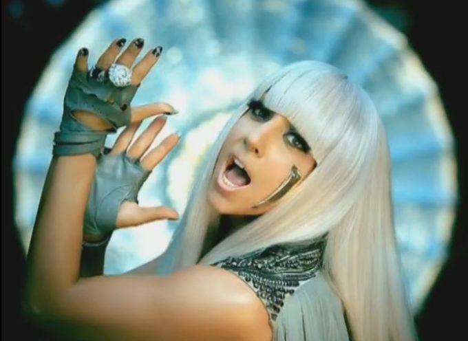 """""""Lady Gaga, Katy Perry, Beyoncé y otros cantantes preparan a los jóvenes para Satanás"""", dice pastor"""