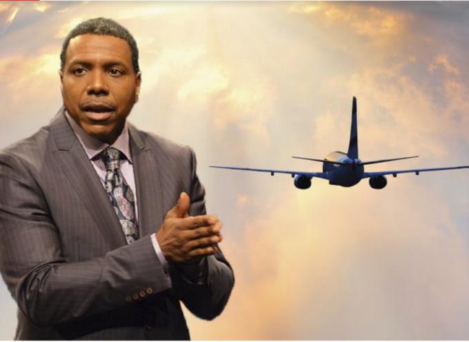 Pastor pide donativos para comprarse un avión de lujo