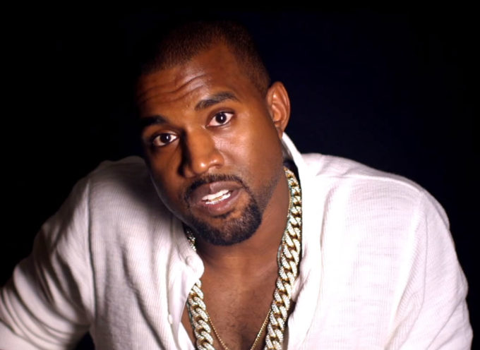 Seguidores de Kanye West publican versión de Génesis en el que Dios es sustituido por él