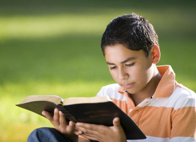 Satanistas exigen permiso para distribuir su literatura en una escuela de primaria