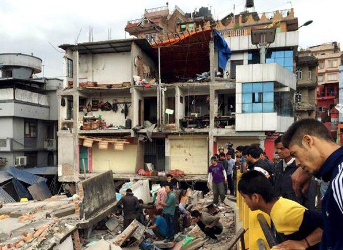 Nepal vuelve temblar: Otro violento terremoto de 7.3