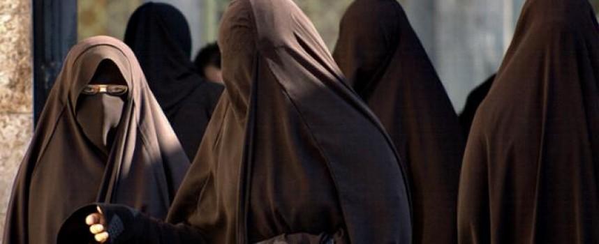 Cristiana que se negó al Islam pago un alto precio por su fe