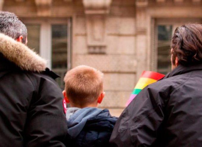 Chile podría permitirles a los homosexuales adoptar niños