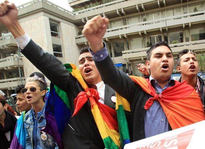 Colombia defiende el matrimonio homosexual