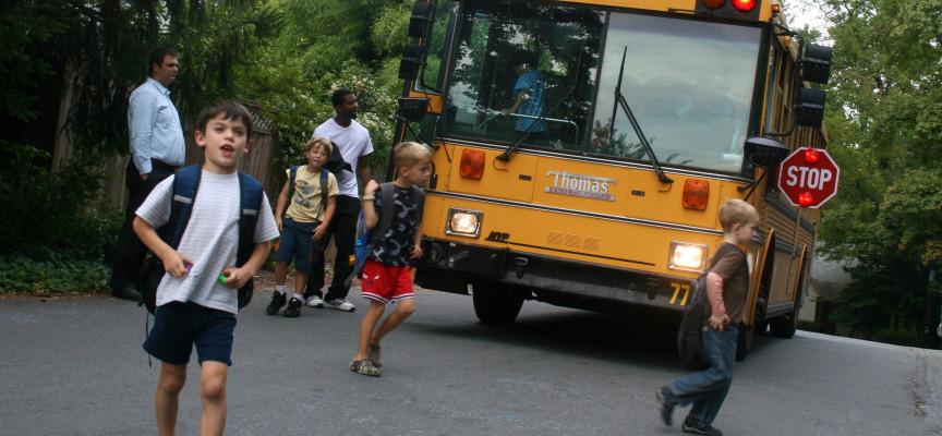Distrito Escolar de Georgia obligado a pagar más 22 mil dólares por orar