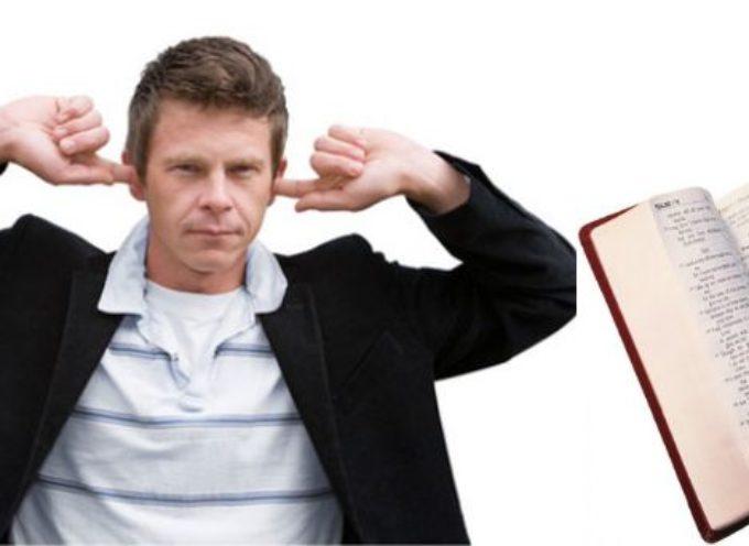 Ateos atacan a jugadores cristianos de equipo de futbol
