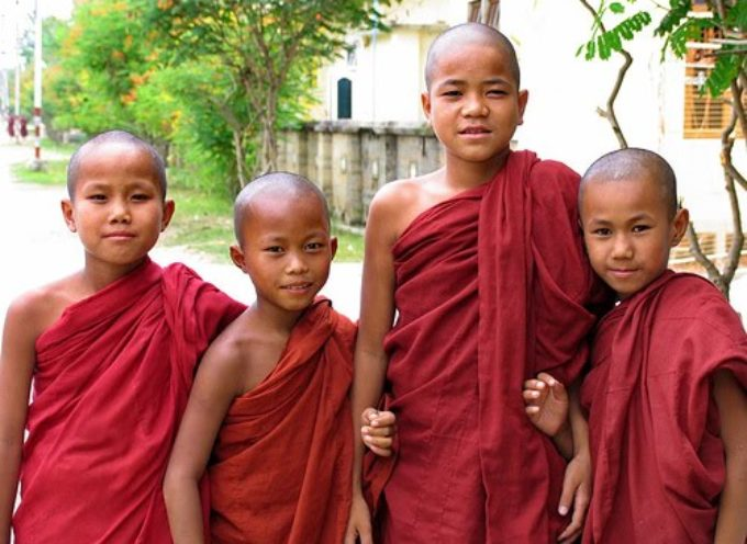 Templo budista es invadido por la manifestación del poder de Dios.