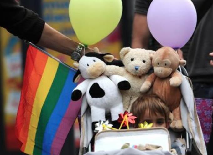 Insolito: En Chile aprueban ley Homosexual para cambiar el nombre y sexo de los niños