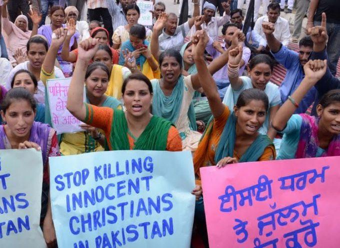 """Gobierno Paquistaní: """"Renuncia a tu fe y te ayudamos"""""""