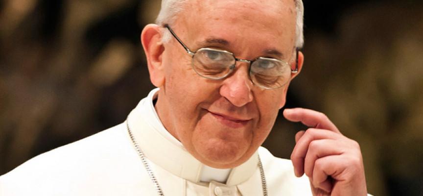 Insolito: El Papa da libertad a sus sacerdotes de perdonar el aborto