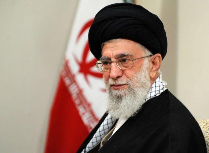 """Irán amenaza con """"venganza divina"""" por ejecución de clérigo chií"""
