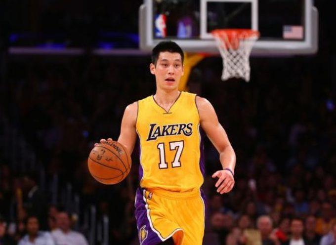Jeremy Lin basquetbolista de la NBA insta a jugadores y fans a aceptar a Cristo