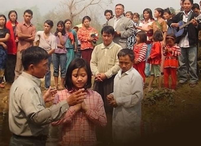 Dejaron el budismo por seguir a Cristo y los hecharon de su pueblo en Myanmar