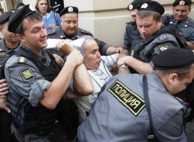 Cristianos son marcados como terroristas en Rusia