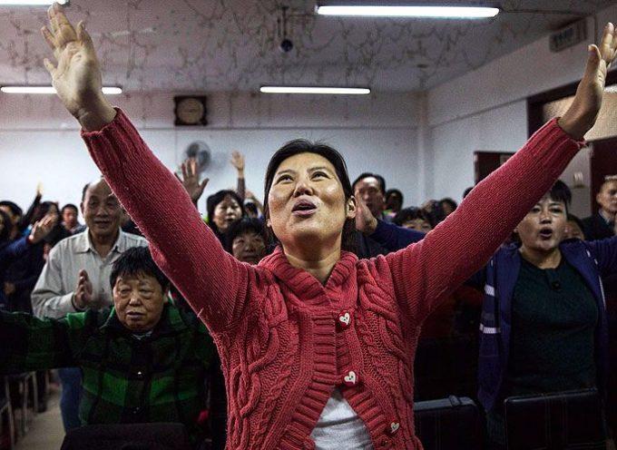 Cristianos celebran la no demolición de su Iglesia en China