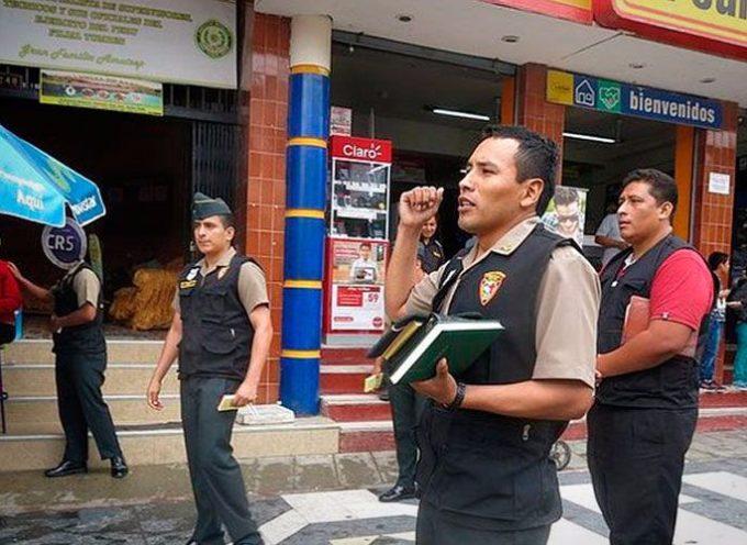 Policías de Perú predican en las calles el evangelio de Jesús