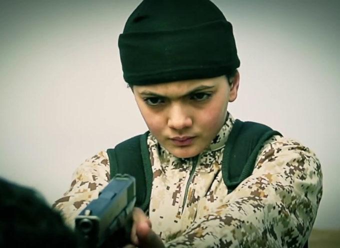 Niño aprende del islam por Internet y promete apoyo al terrorismo