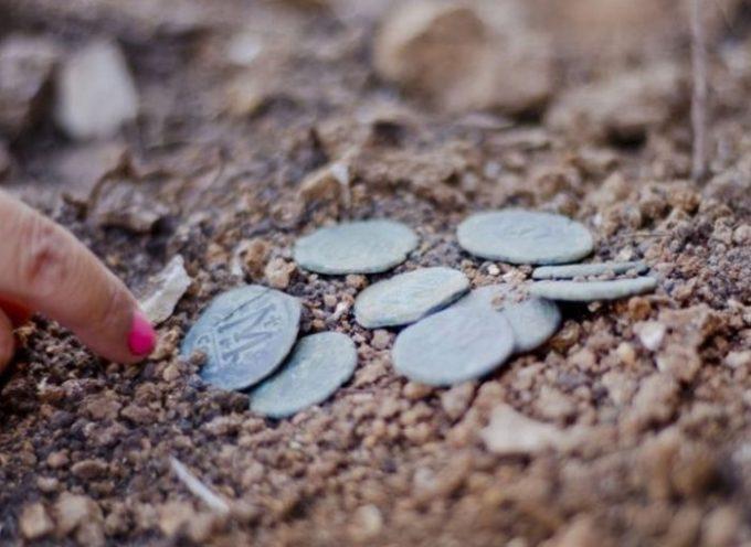 Monedas de 1.400 años pertenecientes a los cristianos perseguidos se han encontrado cerca de Jerusalén