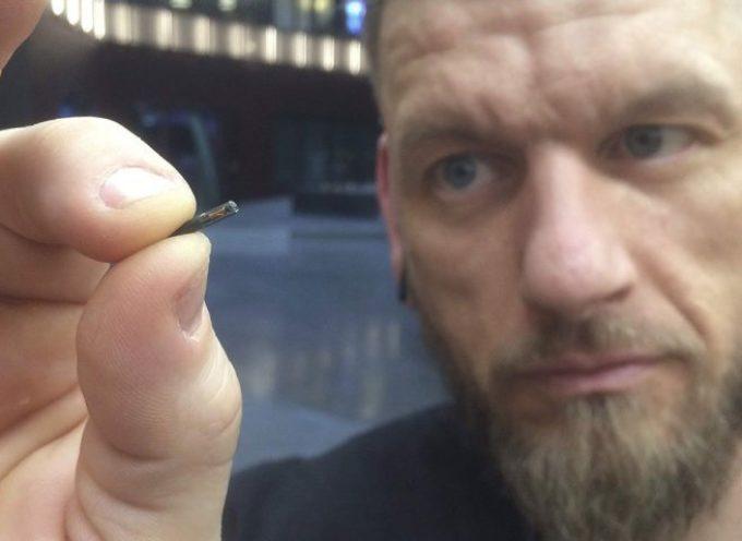 Una empresa sueca les implanta microchips a los empleados