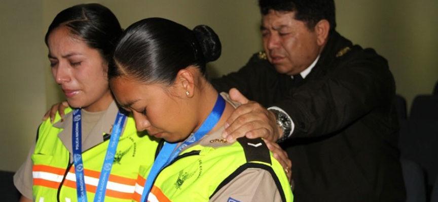 Familias de Ecuador son alcanzadas para Jesús por policías