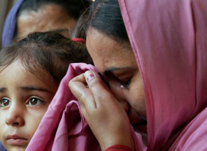 La policía se une a los extremistas para prohibir culto de los cristianos en la India