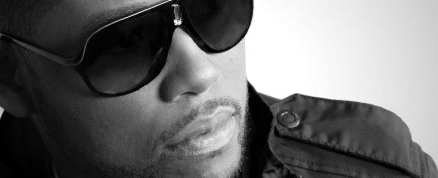 Travy Joe presenta su nuevo tema «El cielo está lleno»