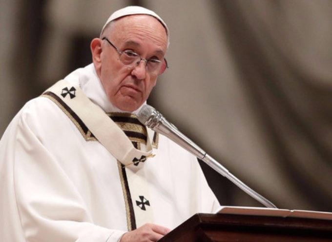 Un cardenal, una terraza y otro escándalo para el Papa