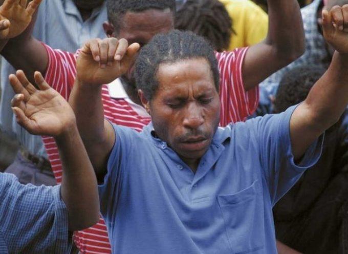"""Hechicero se entrega a Jesús y abre ocho iglesias en su aldea """"Por su poder y gracia"""""""