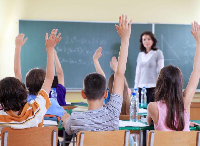 """Profesora prohíbe a los niños decir """"Dios"""" y """"Jesús"""" en el salón de clases"""