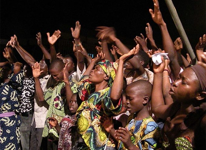 Iglesia crece tanto en Nigeria y se convierte en mini-ciudad habitada por miembros