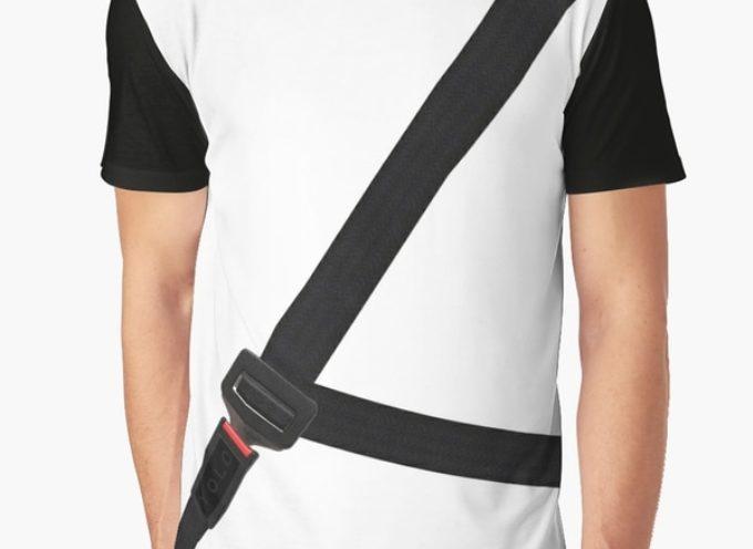 """Crean una """"remera antimultas"""" para evitar usar el cinturón de seguridad"""