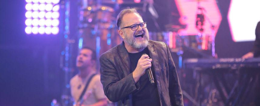 Con su nuevo tema del álbum «Jesús salva», Marcos Witt adora al «Dios imparable»
